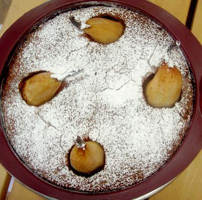 torta morbida alle pere e cioccolato