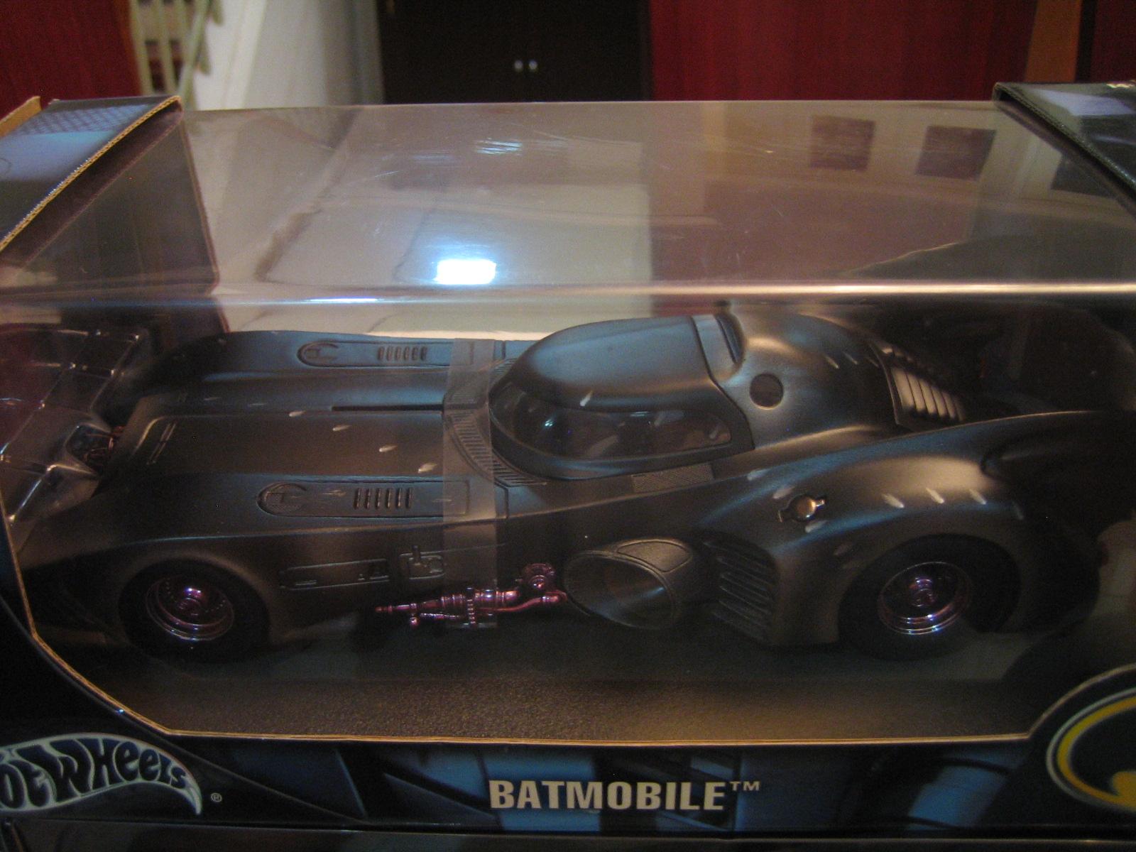 [Games] Batman Arkham Knight - DLC Batman 1989 (Preview) Batmobiles+from+Batman+movie+024
