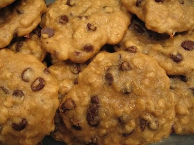 Rogers Family Recipes: Oatmeal Chocolate Chip Cookies