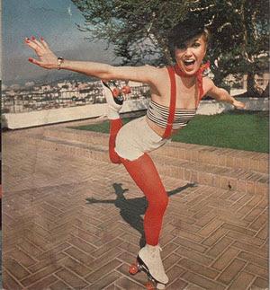 http://4.bp.blogspot.com/_834L0hL0hPk/SXe_38J_7pI/AAAAAAAABls/NRCssk4mDMg/s400/roller-disco.jpg