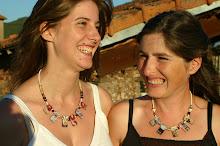 Les colliers de Leslie Poirée, créatrice de Bijoux