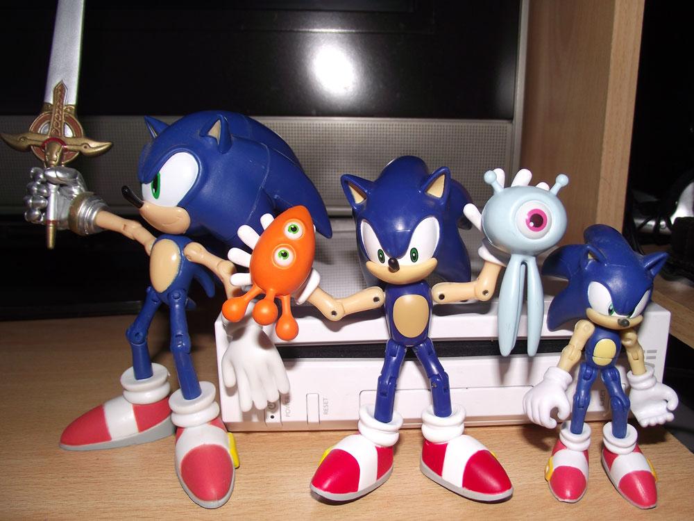 Sega Memories: Sonic Colours Pre-Order Figure...with Wisps!