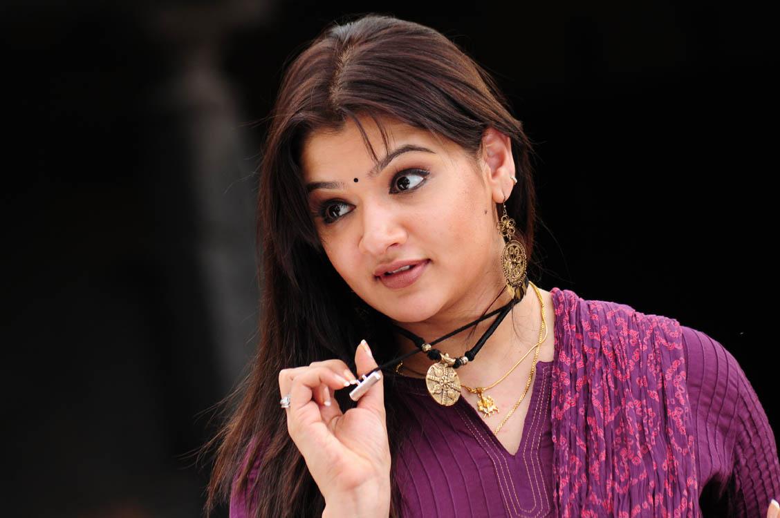 movie actress wallpapers: aarthi agarwal hot photos