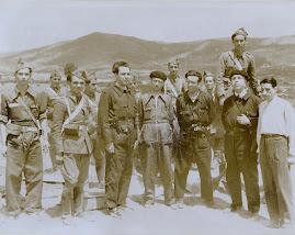Los diputados Just, Vidarte, Gamoneda y Rubiera en su visita al frente