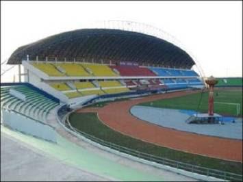 Stadion Bung Tomo