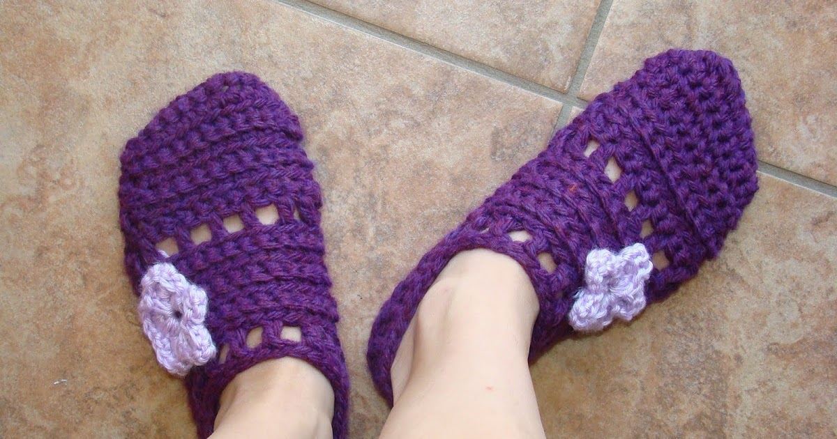 Crafts By Starlight: Easy One Piece Slippers