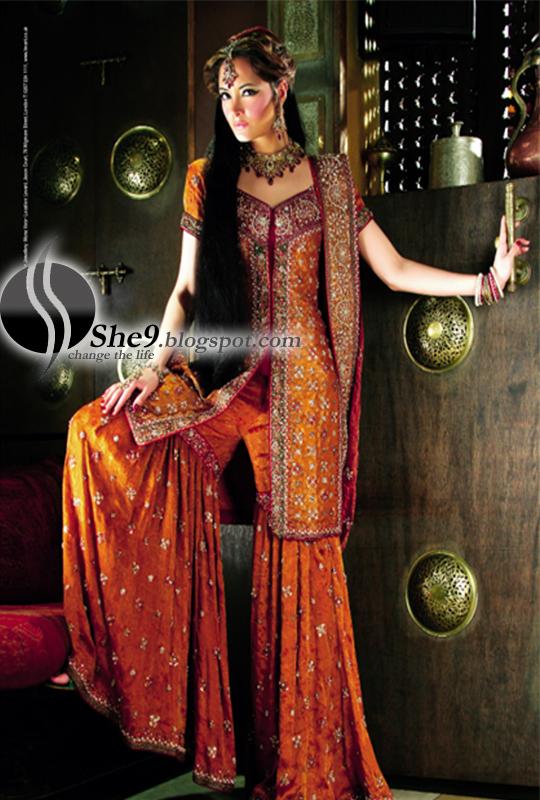 http://4.bp.blogspot.com/_85zsL9qIXm0/S_U5phwrJ1I/AAAAAAAAJ_w/n5cSDR0MaGM/s1600/Asian+Bridal+Dresses+www.She9.blogspot.com+%286%29.jpg