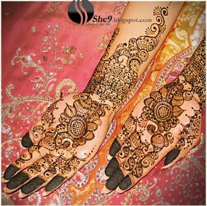 Simple Black Dress on Pakistani Fashion  Recipes  Jewelry  Dresses Collection  Mehndi