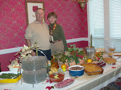 Bob and Vikki Riggs shared their home and holiday with a crowd of Loopers.