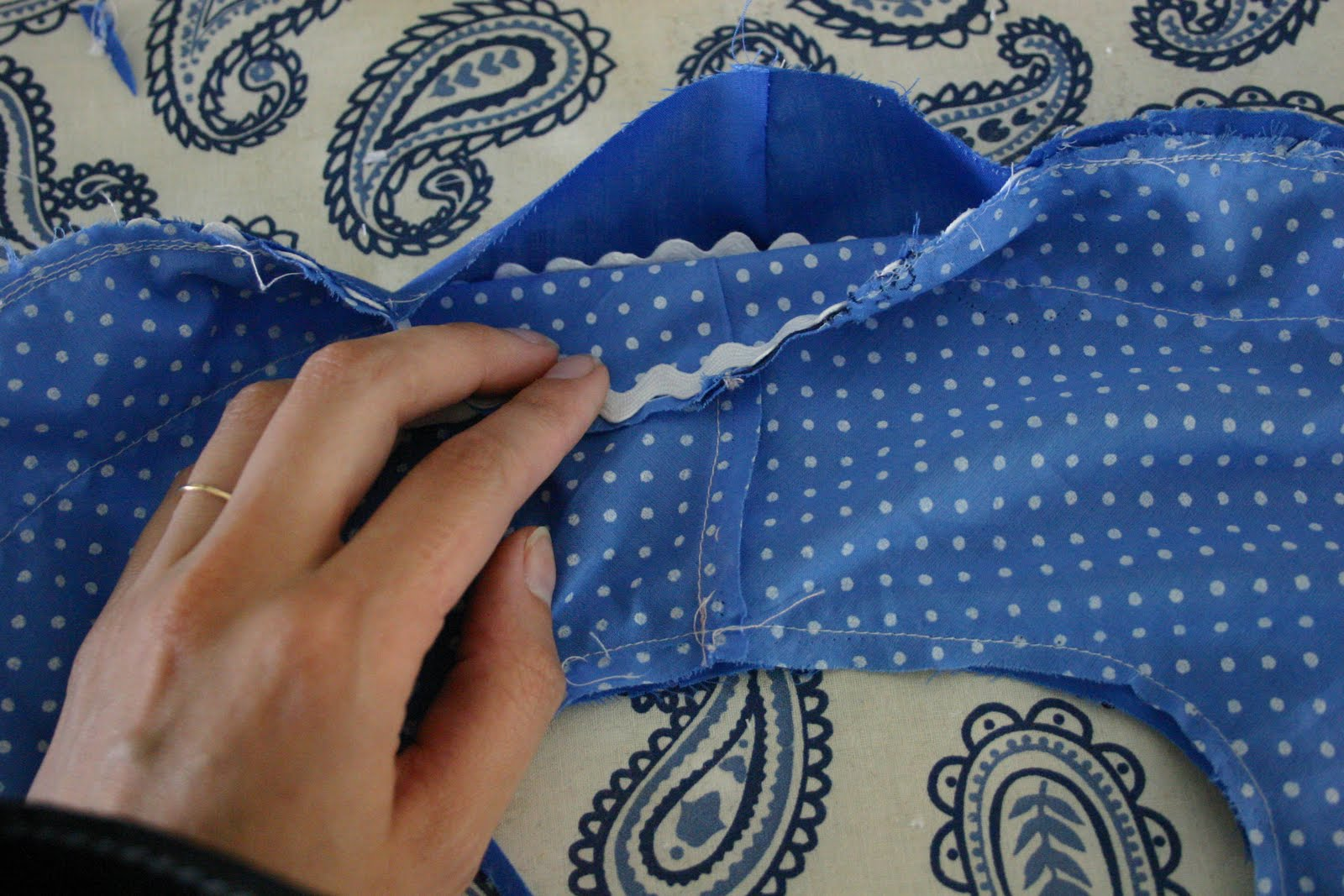 how to join two pieces of fabric