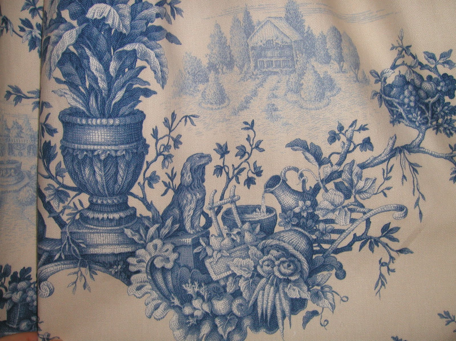 Blue And White Toile Bedroom: Teacup Lane: Blue And White Toile