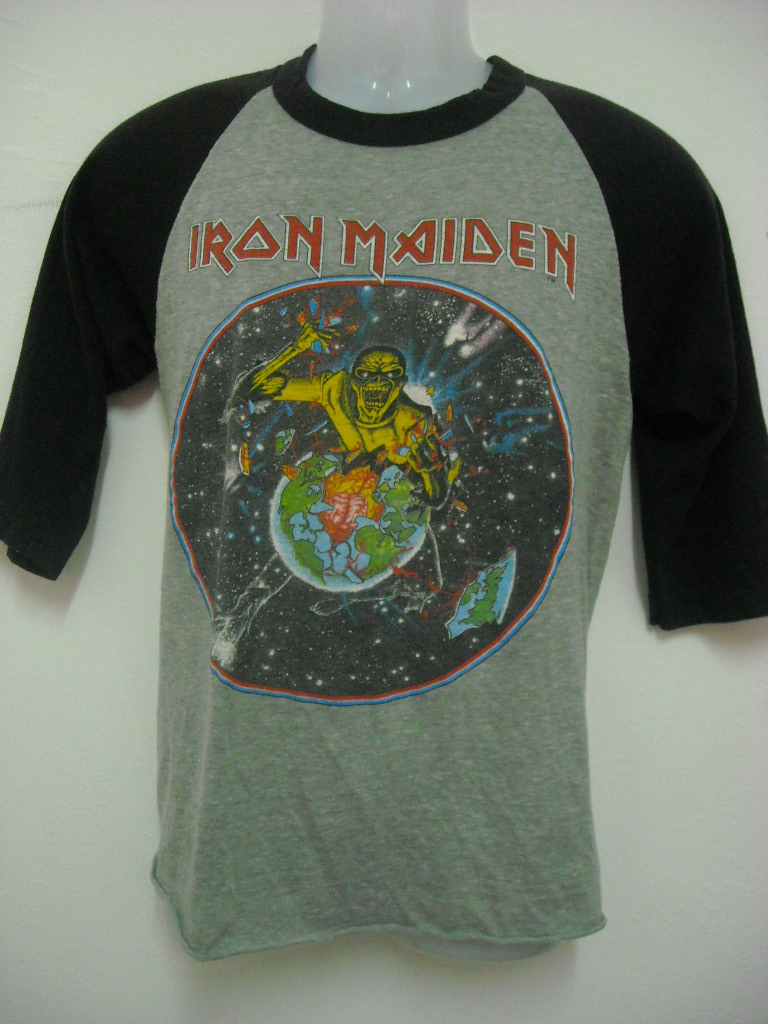 Nothing But Bundle Clothing Vintage 1983 Iron Maiden Beast On The Baju Overall Mqueen Dah Pernah Jual Selai Macam Ni Aritusaiz Pun Lebih Kurang Tapi Mempunyai Kondisi Yang Baik Dari Yg Lepas