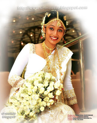Upeksha Swarnamali's wedding photos