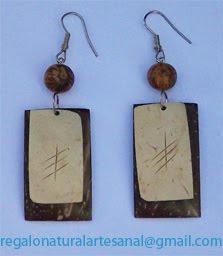 pendientes de coco y madera