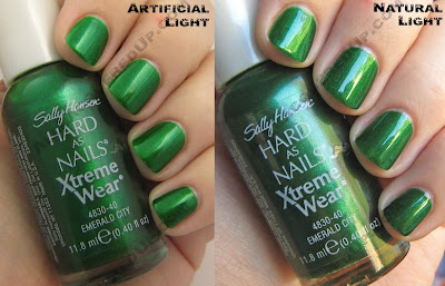 sally hansen emerald city green nail polish 1 Sally Hansen Sent Me To Green Heaven
