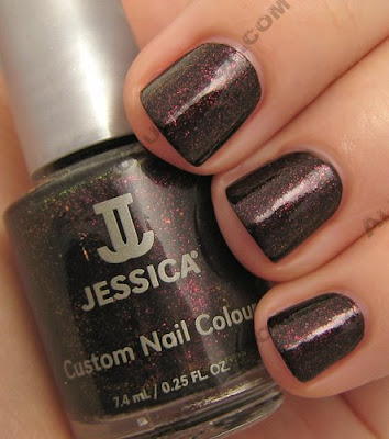 jessica nail nutcracker sweet crimson dew drop Jessica Custom Nail Colour   Holiday Petites