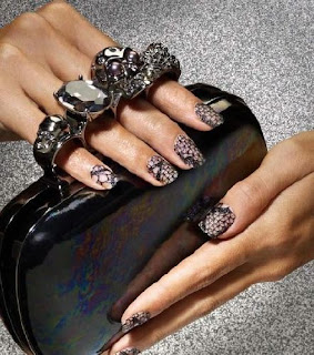 lace nails elle barielle Lace Nails   The Next Big Nail Trend?