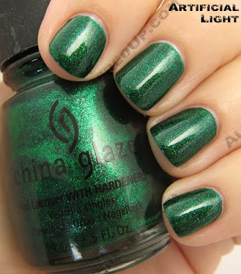 china glaze emerald sparkle i love you snow much holiday 2009 China Glaze Loves You Snow Much Holiday Swatches & Review