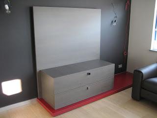 Work@home46: Tv-meubel met wand afgewerkt
