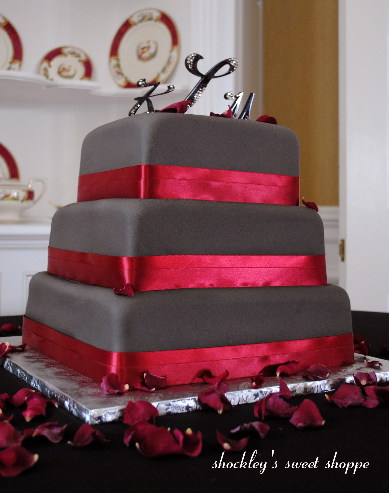 Red Colour Cake Images : Shockley s Sweet Shoppe