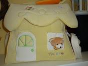 Borsa casetta,con orsetto alla finestra!