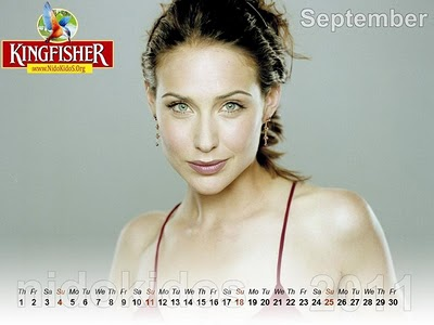 2011 calendar wallpaper desktop. 2011 calendar wallpaper girl.