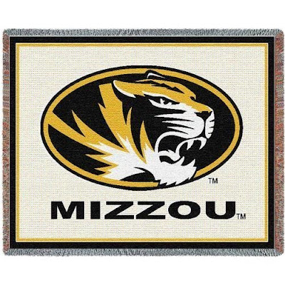 White Mizzou Tigers blanket.