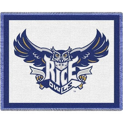 Rice Owls throw blanket that is white and blue.
