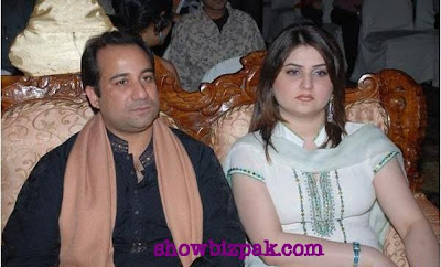 Younis Khan Wife http://forum.chatdd.com/photo-gallery-wallpapers-world/85226-akistani-tv-drama-films-celebrities-couples.html