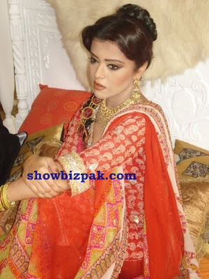 Maria Wasti Wedding http://www.showbizpakblog.com/2009/07/maria-wasti.html