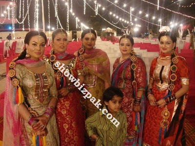 Sadia Imam Wedding http://pakindia1.blogspot.com/2011/05/sadia-imam-wedding-photos.html