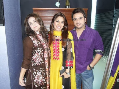 Nadia Khan with Shiraz Uppal and his wife