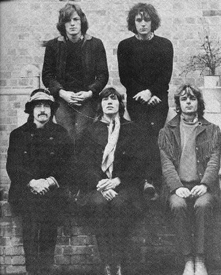 Pink Floyd: David Gilmour, Syd Barrett, Nick Mason, Roger Waters & Rick Wright.