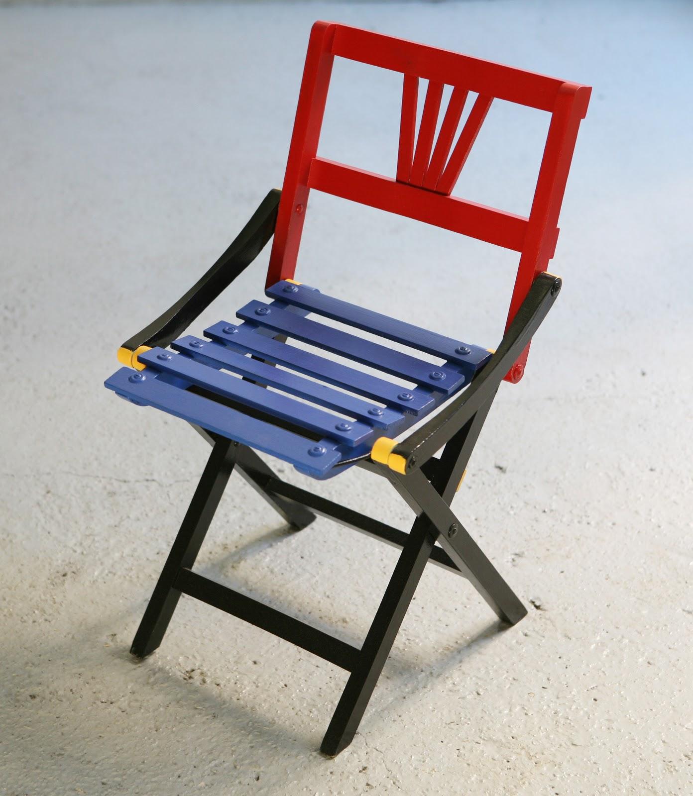 Les enfants de dada la chaise gerrit for Chaise rouge et bleue