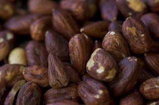 Hazelnuts avelãs Perfume da Rosa Negra