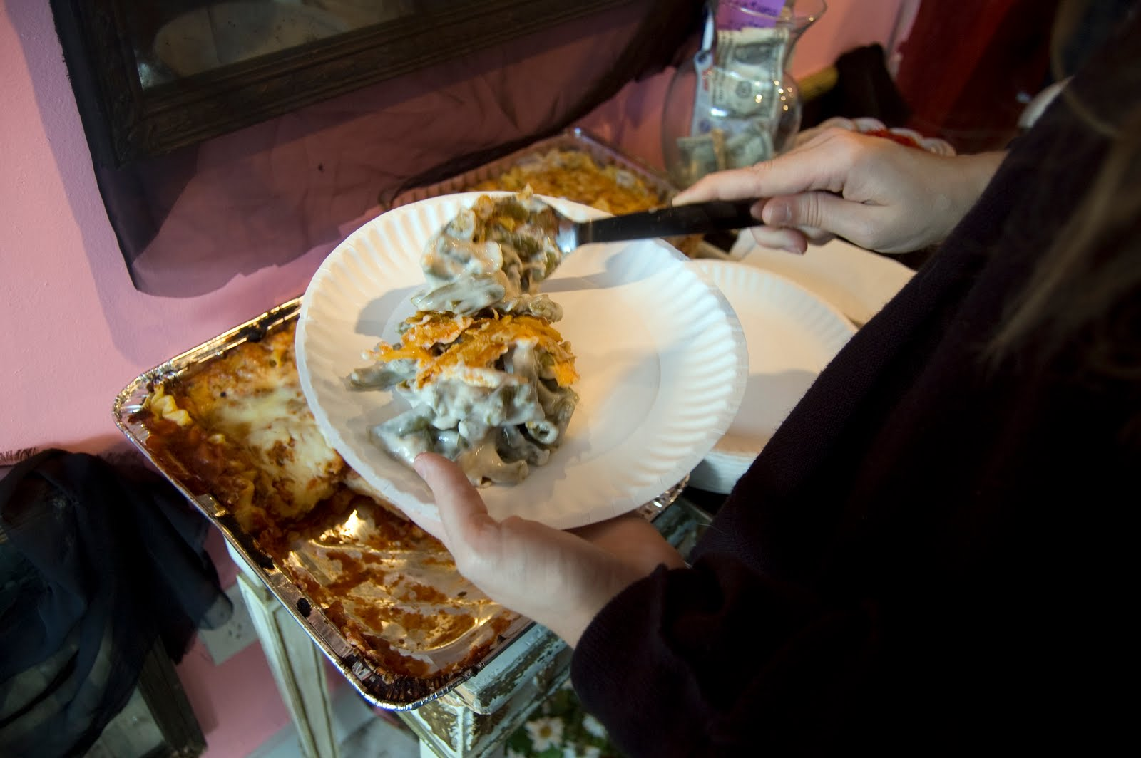 What To Eat When Someone Dies: Funeral Food For The Worst Of Times (PHOTOS)