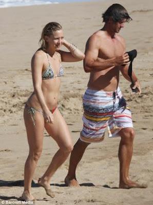 Kate Hudson and Adam Scott in Maui