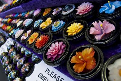 http://4.bp.blogspot.com/_8M4A38LyBBs/TI4b1PdXNPI/AAAAAAAAeVM/JZH4iWaE2LY/s1600/Beautiful+Soap+Flowers+6.jpg