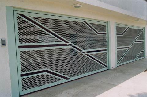 Portão de metalon com tela
