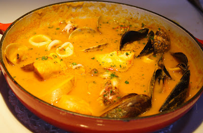 After a brief break, a pipping hot Bouillabaise Provencale arrived: