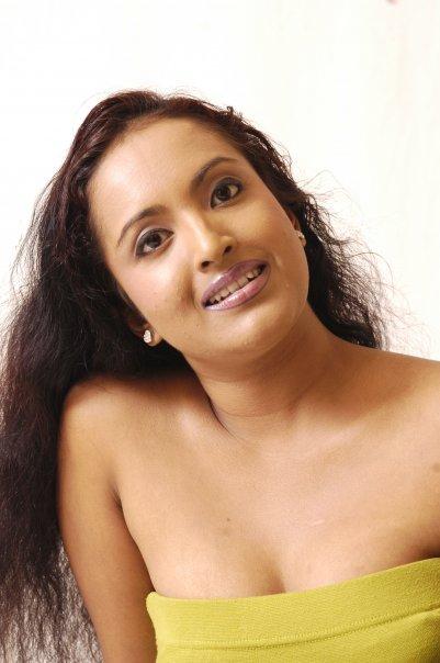 EK: Beautiful Model