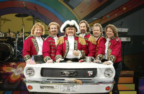 PAUL REVERE AND THE RAIDERS - OF TODAY