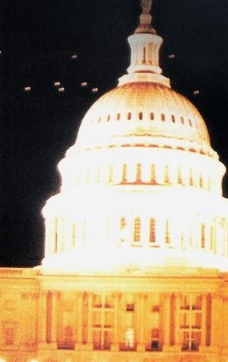 [1952-Washington-D.C-UFO.jpg]