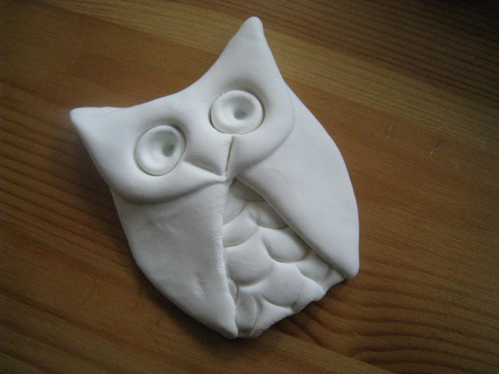 The New Clay News: Make an Easy Owl with Model Magic