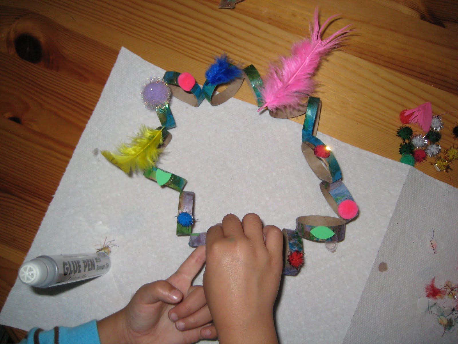 4 crazy kings paper towel tube craft crowns