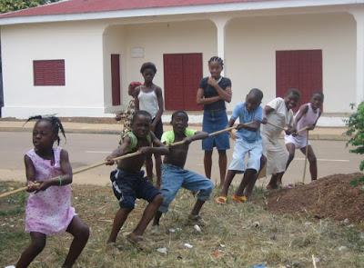 Sokatira en Kogo en las fiestas del Carmen