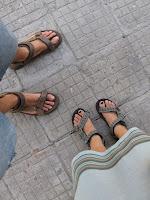 sofia baldosas sandalias
