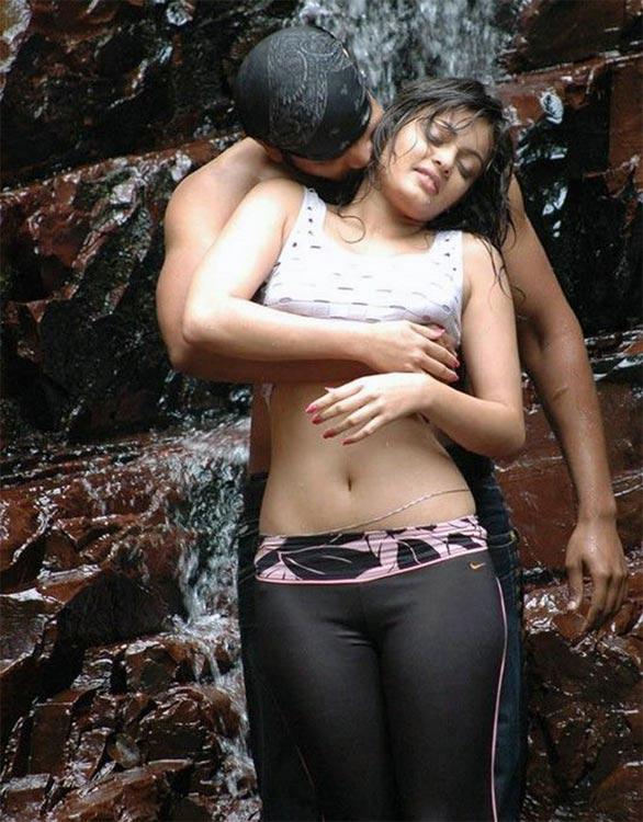 who is sneha ullal dating