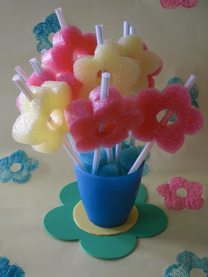 50 Cool Things to do with Pool Noodles – Pool Noodle Games