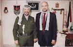 Con el Padre de la Patria, Líder Yasser Arafat. Túnez 1989